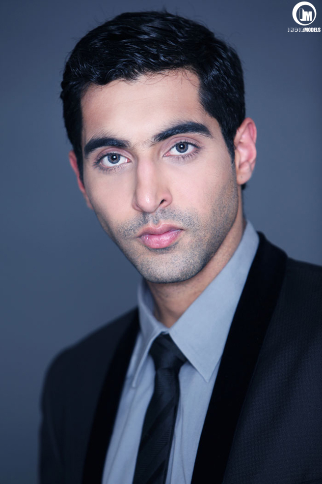 Mumbai based actor Nikhil Nagpal headshot