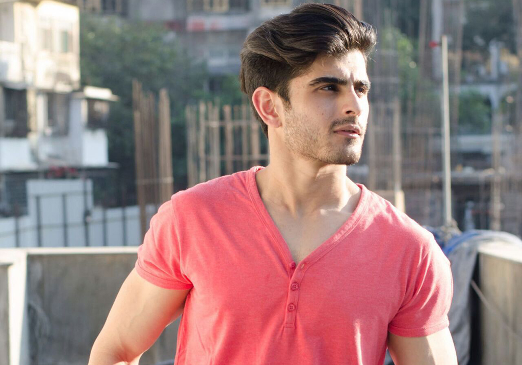 Dubai based male model and actor Pratik Bhatia | India Models