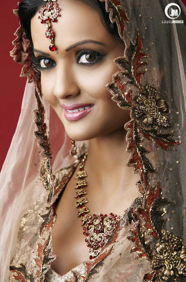 Model Shezly Mahendra, photographed in Indian ethnic wear